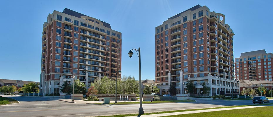 One Bedroom Condo for Rent in Oak Park at 1002-2391 Central Park Drive, Oakville
