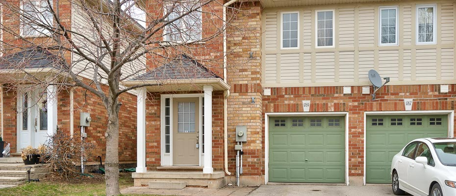 1769 Hobson Drive, Burlington -  Three Bedroom End Unit Townhome For Sale in Corporate