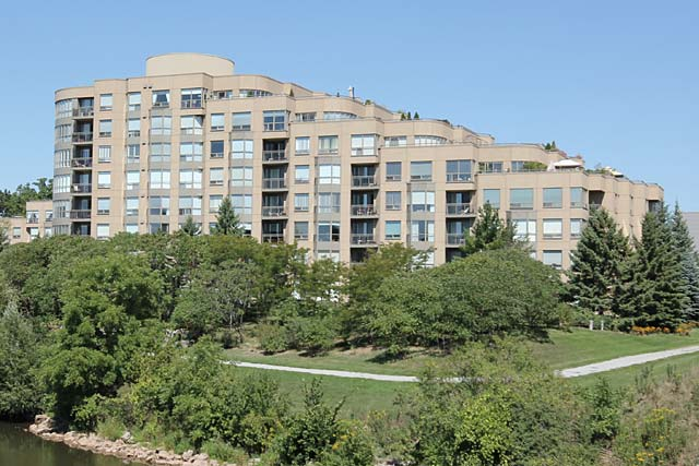 213-2511 Lakeshore Road West - One Bedroom Condo For Sale in Bronte Village Oakville