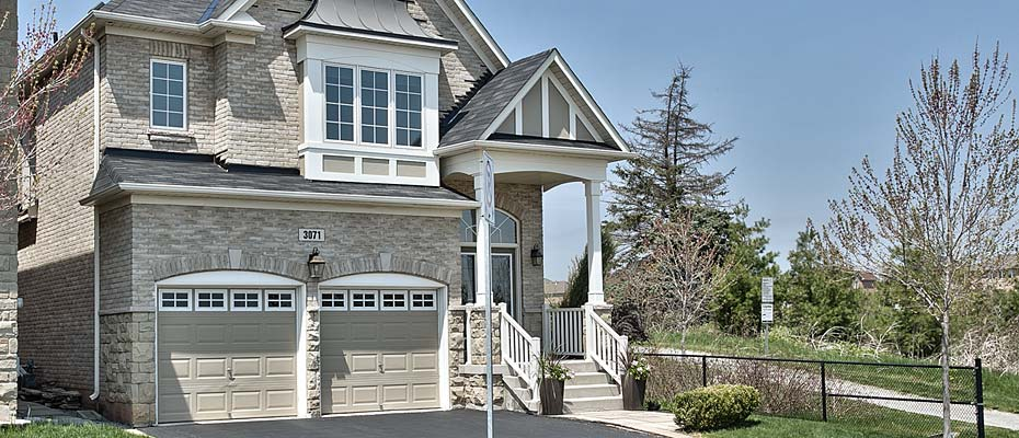 Executive Four Bedroom Home For Sale In Bronte Creek