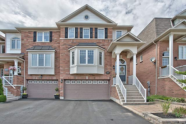 3147 Highbourne Crescent, Oakville - Executive townhome for sale.