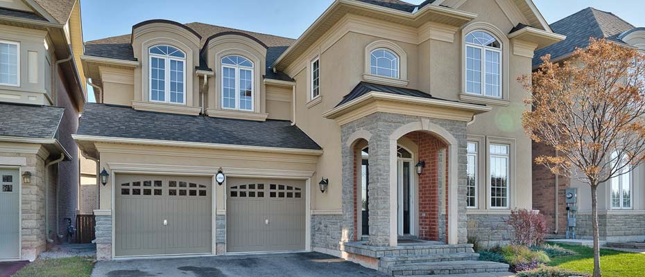 3460 Rebecca Street, Oakville - Four Bedroom, Four Bathroom Executive Home For Sale in Lakeshore Woods