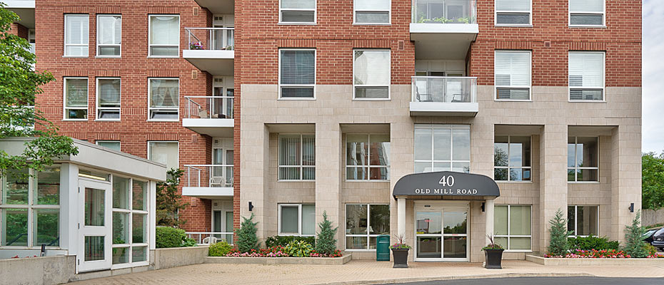 401-40 Old Mill Road, Oakville - Two Bedroom Plus Den Condo For Sale at Oakridge Heights