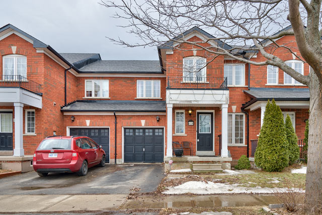 618 Julia Avenue, Burlington